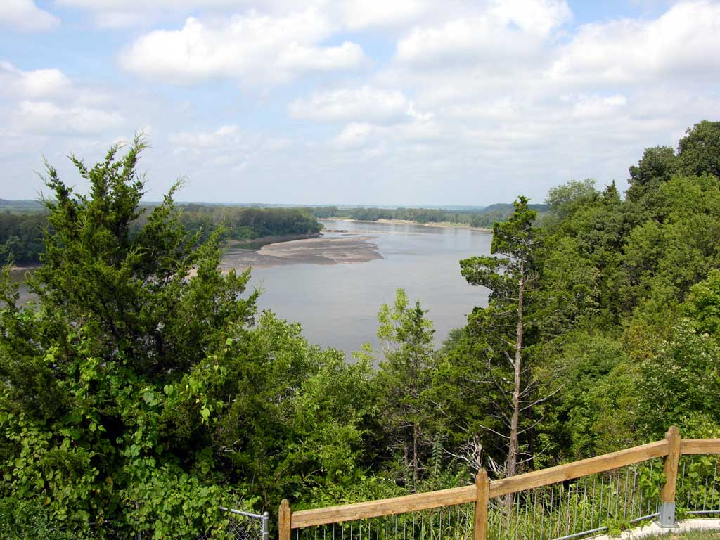 A view of the Missouri River from Les Bourgeois in Rocheport, Missouri
