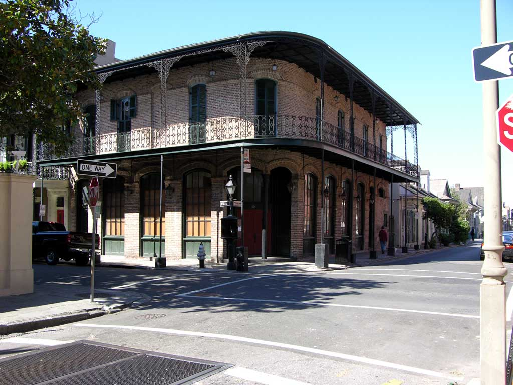 A street scene in the French Quarter